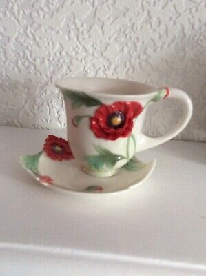 Franz Cup And Saucer • 20£