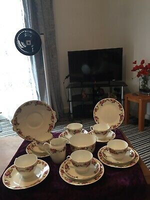 Vintage Tuscan China 20 Piece Tea Set Pink Roses In A Flower Garland  • 20£