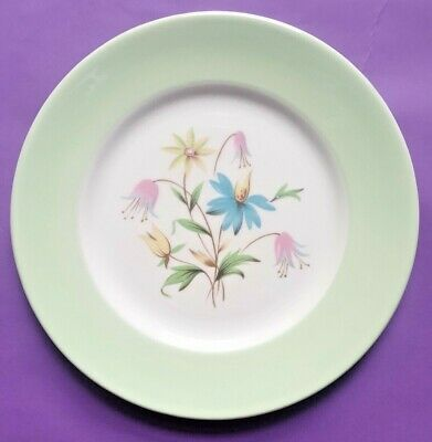 Vintage Queen Anne Bone China 'Linda' 16cm Side Plate • 1.49£