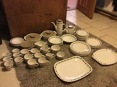 VINTAGE J AND  G MEAKIN DINNER,COFFEE AND TEA SET , Retro, Collectable  • 120£