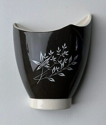 Vintage Carltonware Ceramic Wall Pocket Vase - Hand Painted Floral Design • 16.99£