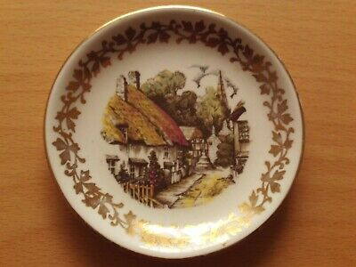 Vintage Midwinter Miniature Porcelain Plate Cottages Design. • 4.99£