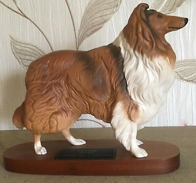 BESWICK DOG COLLIE MODEL No 2581 CONNOISSEUR DOGS ON WOODEN PLINTH VGC • 59.99£
