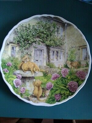 Royal Albert, Cats & Cottages Collection, Plate,  Siblings At Play   • 4£
