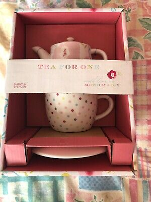 Teapot And Cup N Saucer Set From M&S • 3£