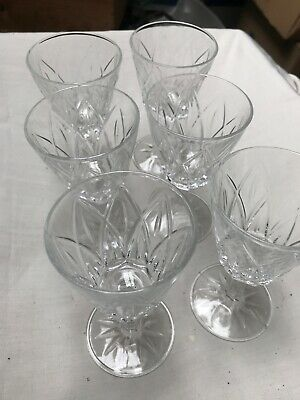 6 Sherry Glasses Crystal Style • 1.20£
