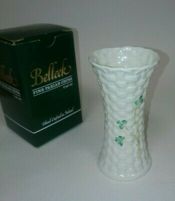 Belleek Irish China Classic Vase • 4.99£