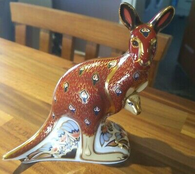 Royal Crown Derby Paperweight Kangaroo And Joey Gold Stopper • 26.10£