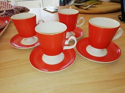 CARTON WARE VINTAGE TEA CUPS X 4  PLUS SAUCERS RED AND WHITE 4ins High • 39.99£