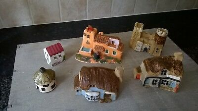 Collection Of Miniature Cottages Mud Larks Clay Pottery Made In England  • 8£