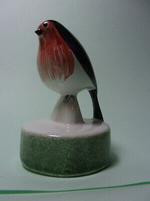 Vintage Rye Pottery Figure Of A Robin. • 10.05£