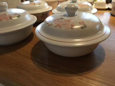 Boots Hedge Rose - Lidded Seving Dish/ Tureen Dish  (listing 2) • 5£