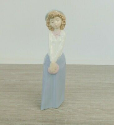 NAO/ LLADRO Figure Of A Girl With Hat - Perfect |27 • 18.50£