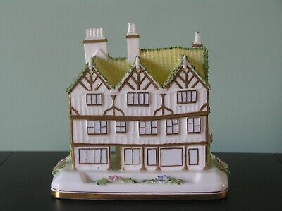 An Attractive Coalport  Mulberry Hall  Ornament: 5.5  Long: Vg Condition • 14.99£