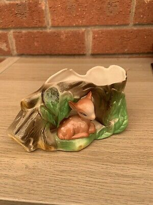 Vintage Withernsea Eastgate Pottery Fauna Posy Vase, Fawn Sitting Under Tree Log • 1.20£