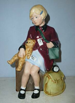 DOULTON Limited Edition Figure - GIRL EVACUEE HN3203 - Children Of The Blitz • 165£