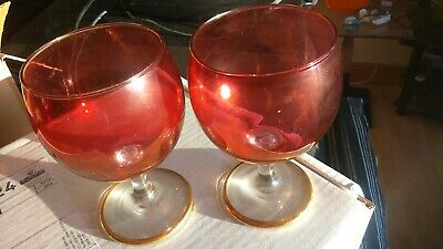 Cranberry Red Coloured  Wine Glasses Gold Bottom Rim Good Condition • 8£