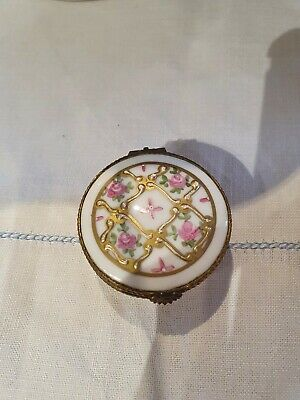 Limoges Pill Box Excellent Condition • 9.50£