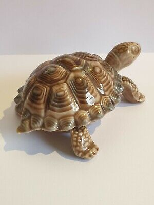 Vintage Wade Porcelain Tortoise Trinket Box With Removable Shell - Length 4  VGC • 4.99£