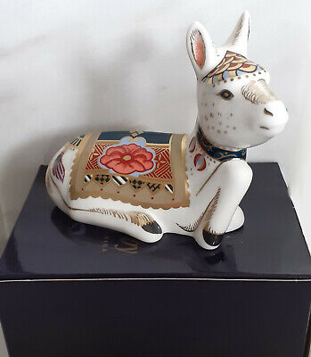 ROYAL CROWN DERBY 'Holly' Donkey Foal Paperweight, Excellent Condition. Ltd Ed. • 35£