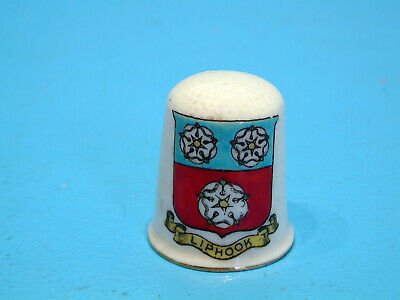 Arcadian Crested China Thimble - Liphook • 14.99£