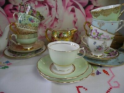 Colclough Bone China Pale Green Harlequin Ballet Trio, Good Condition • 8.50£