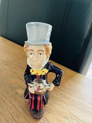 Wade Mad Hatter Ornament • 10£