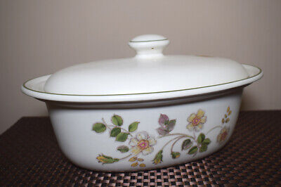 Autumn Leaves Covered Casserole Dish - Marks And Spencer - M&S • 13.99£
