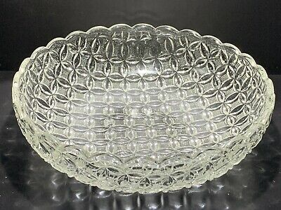 Vintage Circle Patterned Heavy Clear Glass Fruit/dessert Bowl • 5.99£