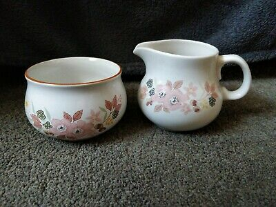 Boots Hedge Rose Milk Jug & Sugar Bowl Collectible Excellent Condition • 5£
