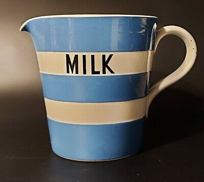 T. G Green Cornishware Large Two-pint Quart Milk Jug Black Shield • 45£