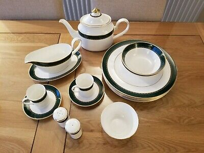Marks And Spencer Dinner Service Collection • 20£