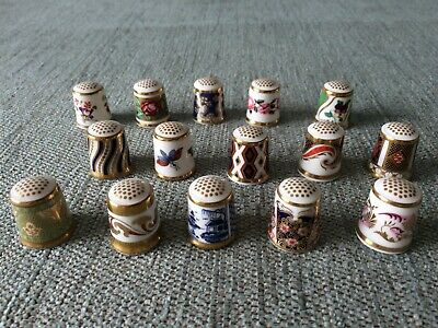 Royal Crown Derby Collection Of 15 Historical Thimbles • 19.95£