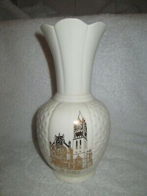 Belleek City Of Derry Vase The Guildhall • 15£