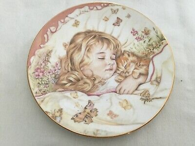 Royal Worcester Monday's Child Plate • 1.50£
