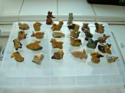 Wade Whimsies - Job Lot Of 26 + 1  Animals  • 11£