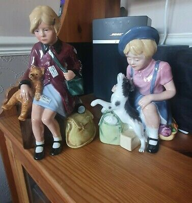 The Evacuee And The Homecoming Royal Doulton Figurines  • 100£
