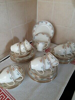 VINTAGE CHINA TEA SET E HUGHES & CO. FENTON STAFFORDSHIRE  35 Pieces • 44£