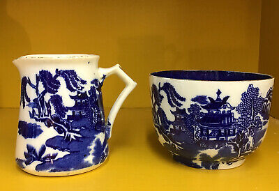 Vintage Willow Pattom Blue And White Sugar Bowl And Cream Jug • 3£