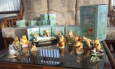 ROYAL DOULTON WINNIE-the POOH COLLECTION + 12 FIGURES + TABLEU • 99£