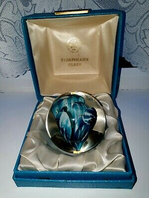 Vintage Strathearn  Blue Orchid Paperweight Boxed  • 24.98£