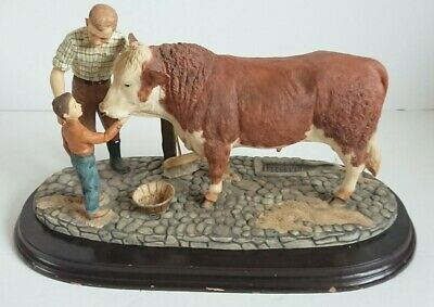 RARE  Country Artists Country Legacy  The Next Gen  Farmer Son Hereford Bull  • 129.99£