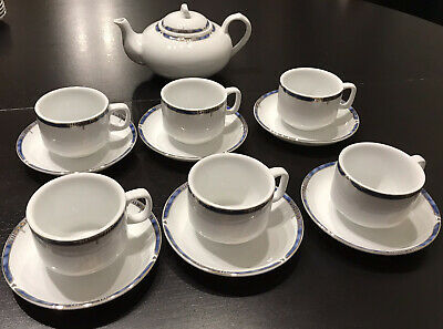 Stunning Blue And White And Gold Tea Set 6 Cups, 6 Saucers And Teapot • 5.50£
