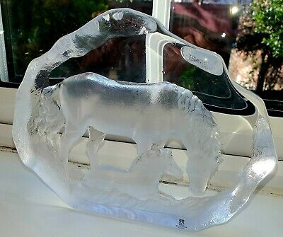 Very Heavy Large  Matts Jonasson Horse And Baby Paperweight Signed.  • 55£