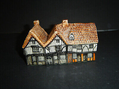 Tey Pottery Britain In Miniature Siege House Colchester • 15£