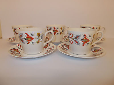 5 X Queen Anne Bone China Cups And Saucers  • 9.95£