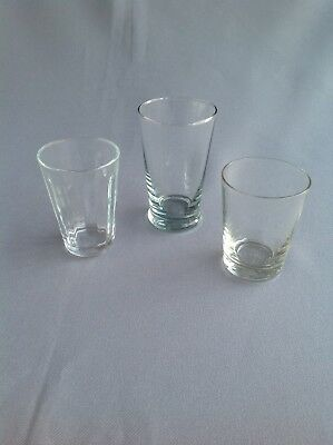 Vintage Shot / Liquer Glasses • 5£