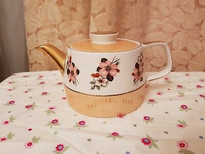 Lovely Vintage Gibson Peach And Gold Flower Large Tea Pot  • 19.99£