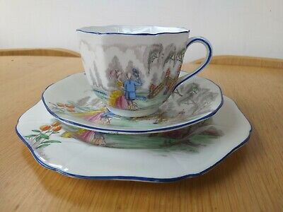 Vintage Romance Pattern Fine Bone China Trio By Sutherland • 9.99£