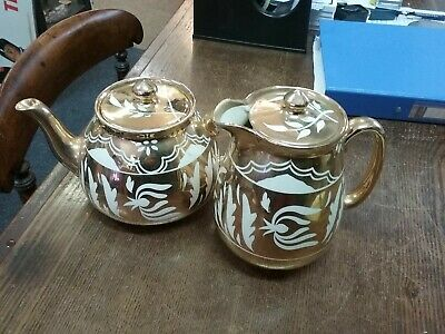 Beautiful Gibsons Gold & White Teapot With Matching Coffee Pot • 18£